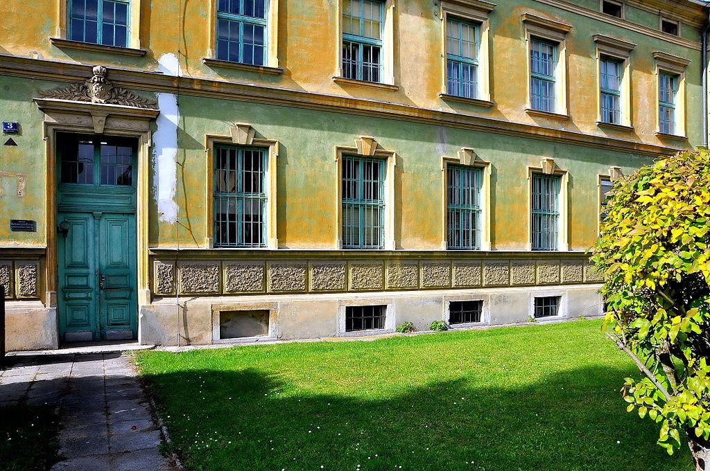 Waisenhauskaserne/Stabsgebäude © by Johann Jaritz