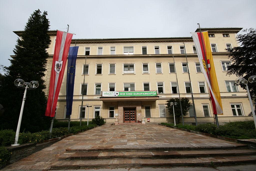Landesregierungsgebäude/Sitz der Kärntner Landesregierung © by JJ55