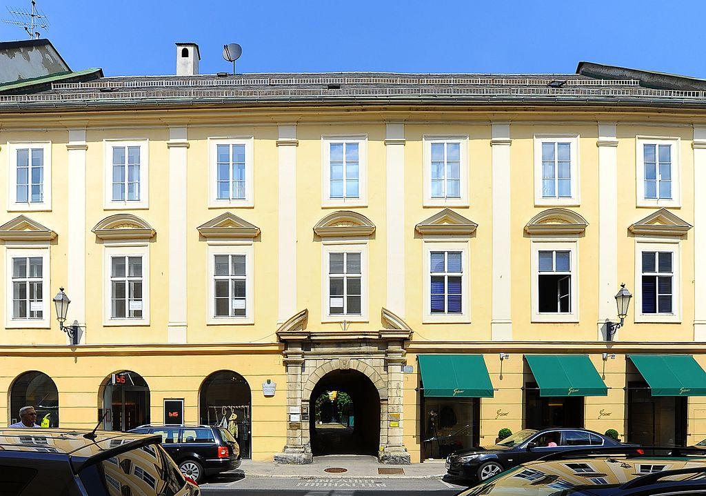 Ehem. Palais Urschenbek © by Johann Jaritz
