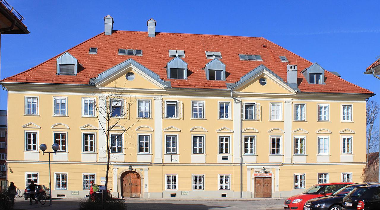 Bürgerhaus, Wohnhaus © by Raul de Chissota