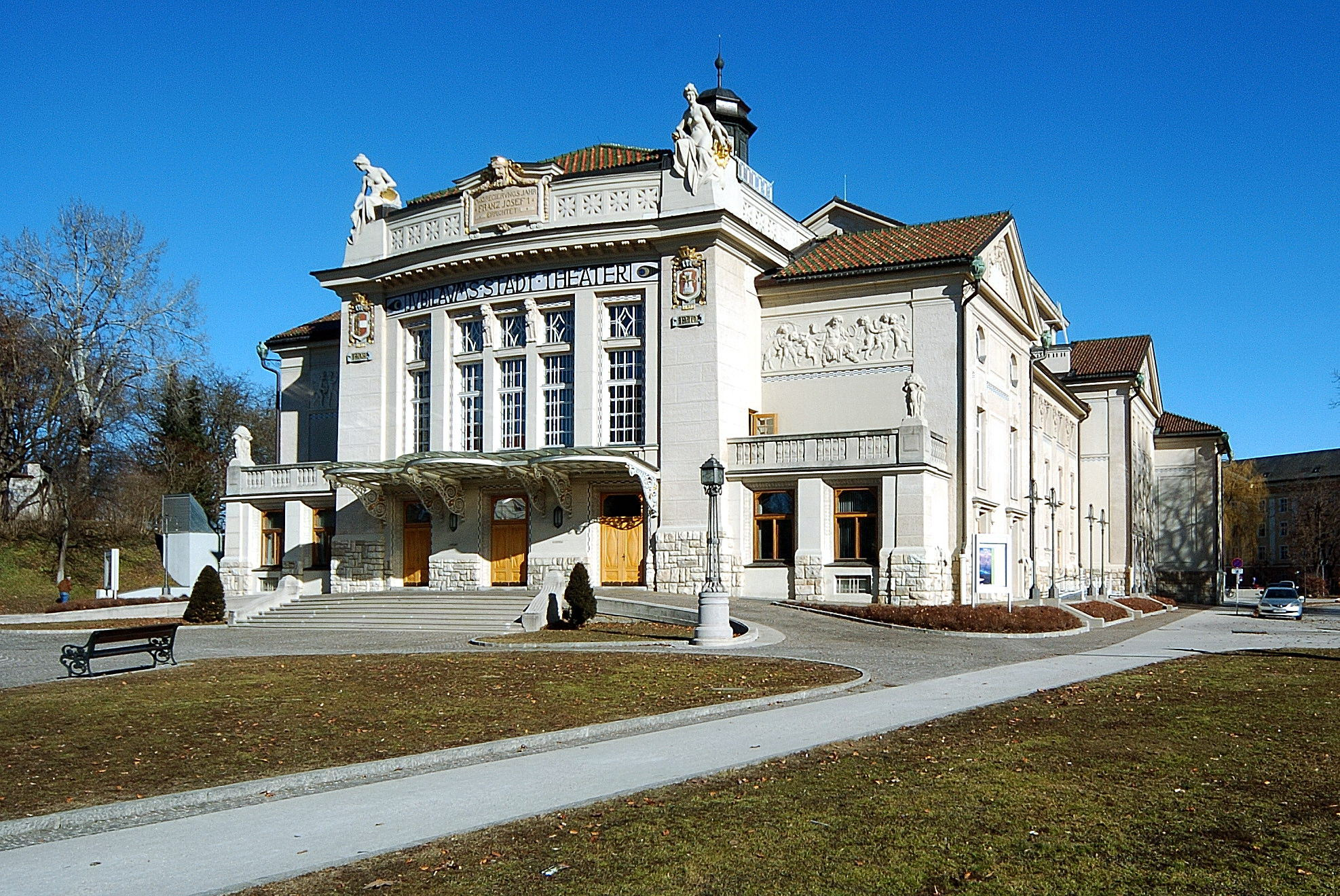 Jubiläums-Stadttheater © by Johann Jaritz