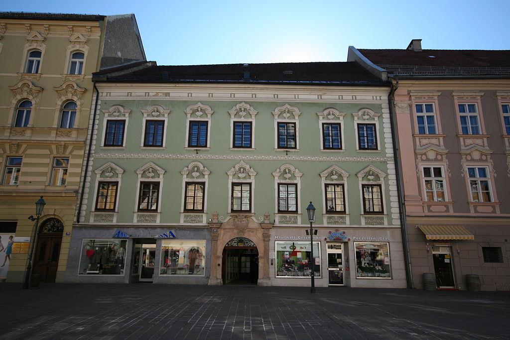 Stadtpalais, Ehem. Stampferhaus/Palais Stampfer © by JJ55