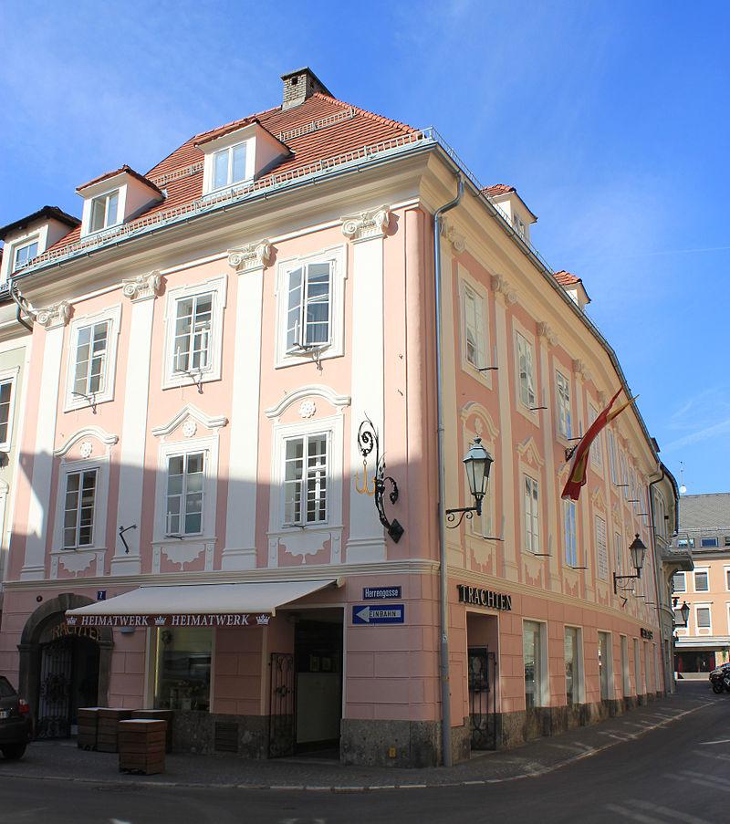 Bürgerhaus, Geschäftshaus Zum goldenen Anker © Raul de Chissota